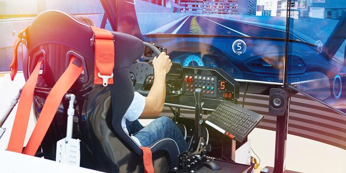 Bandenmerken richten zich via racesimulators op virtuele racecircuits