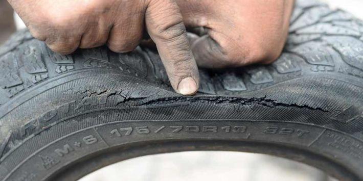 Verouderingsverschijnselen bij autobanden: slijtage, scheuren, haarscheurtjes… hoe ontdek je ze?
