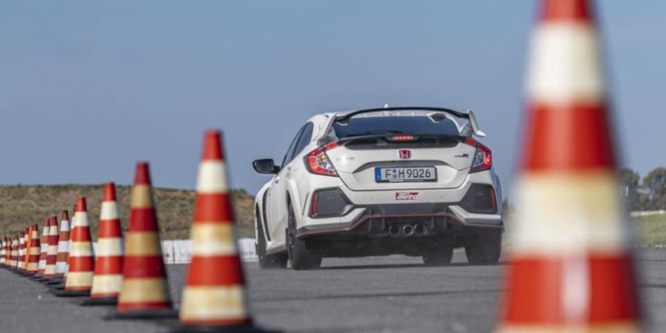 Test banden UHP Sport Auto Honda Civic Type R remprestaties